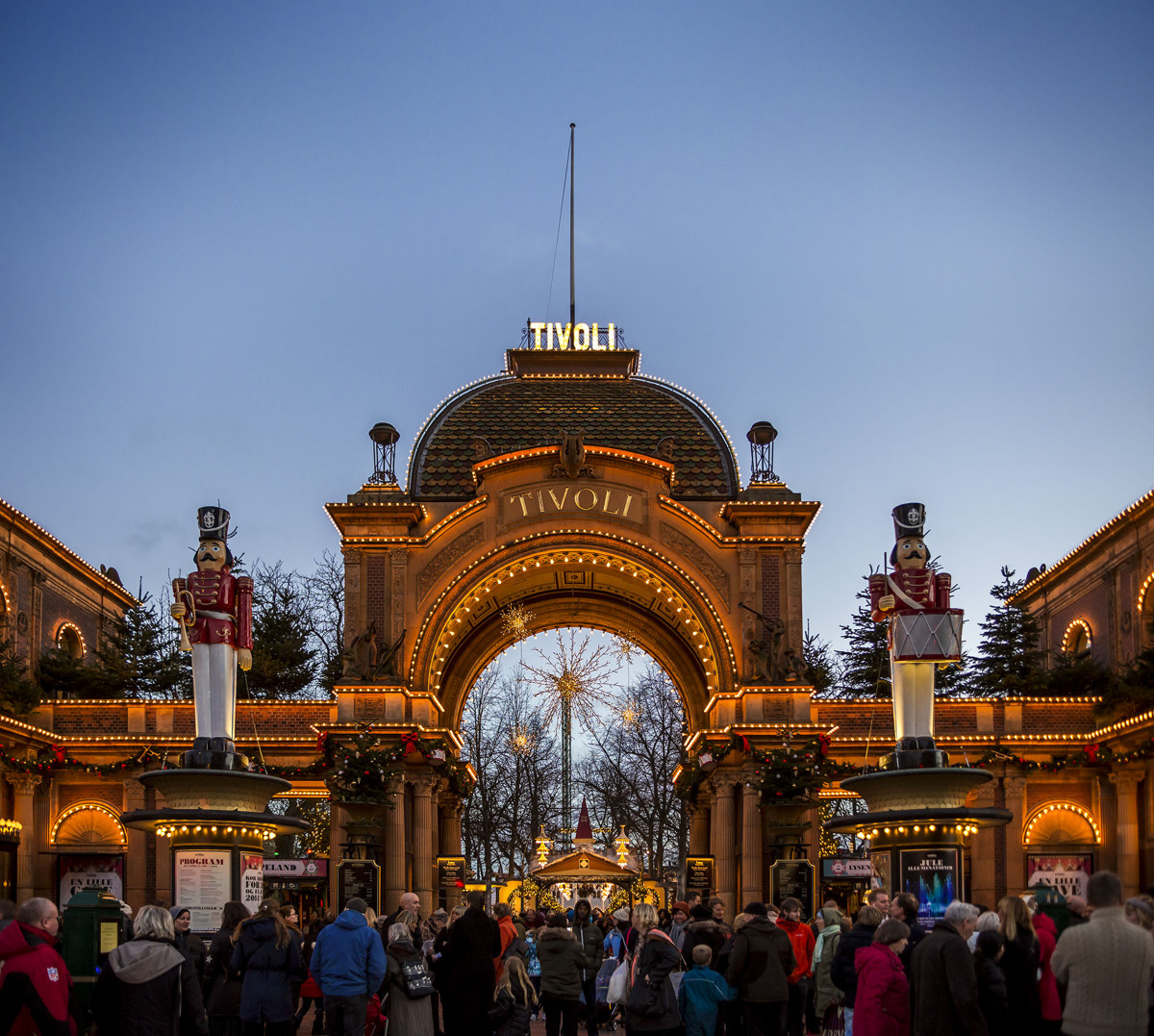 A Sprinkle Of Winter Magic At Tivoli Gardens Copenhagen Denmark Globalmouse Travels