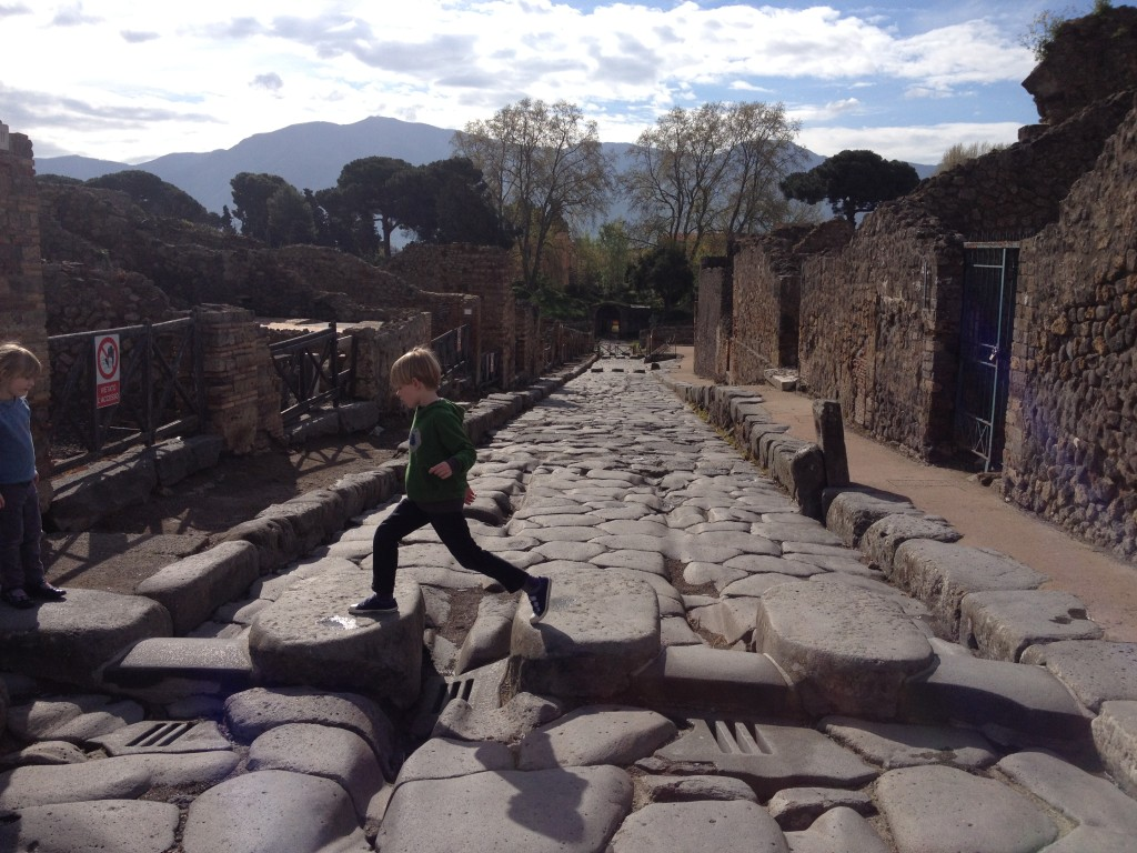The World's oldest crossing? Pompeii, Italy