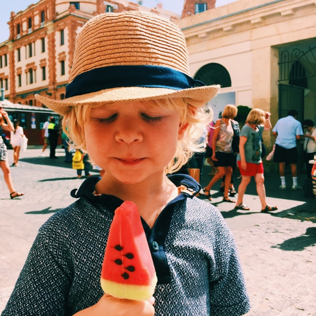 Ice lolly in Cadiz, Spain - copyright: www.globalmousetravels.com