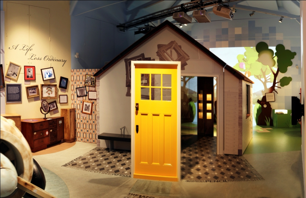 Roald Dahl Museum - The Writing Hut in Solo Gallery