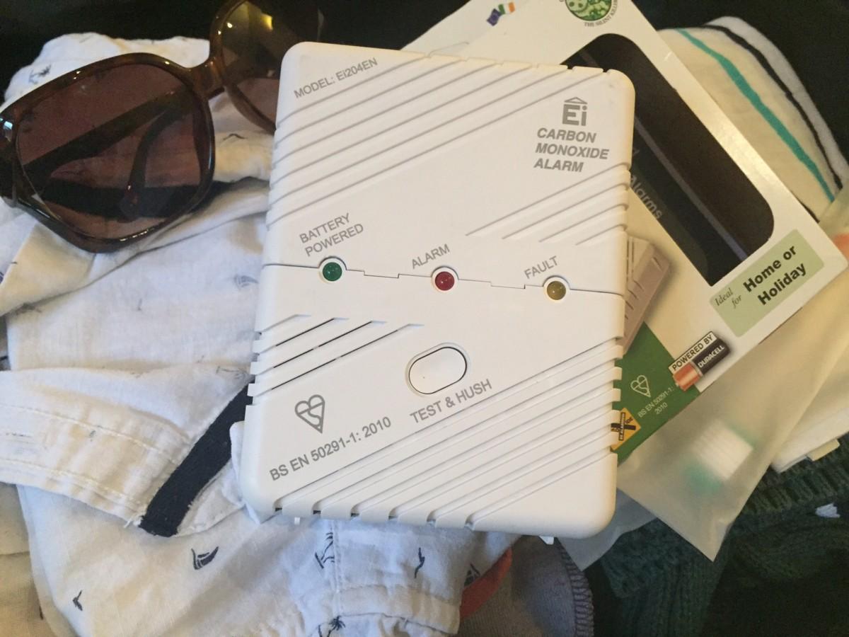 Carbon Monoxide alarm - copyright: www.globalmousetravels.com