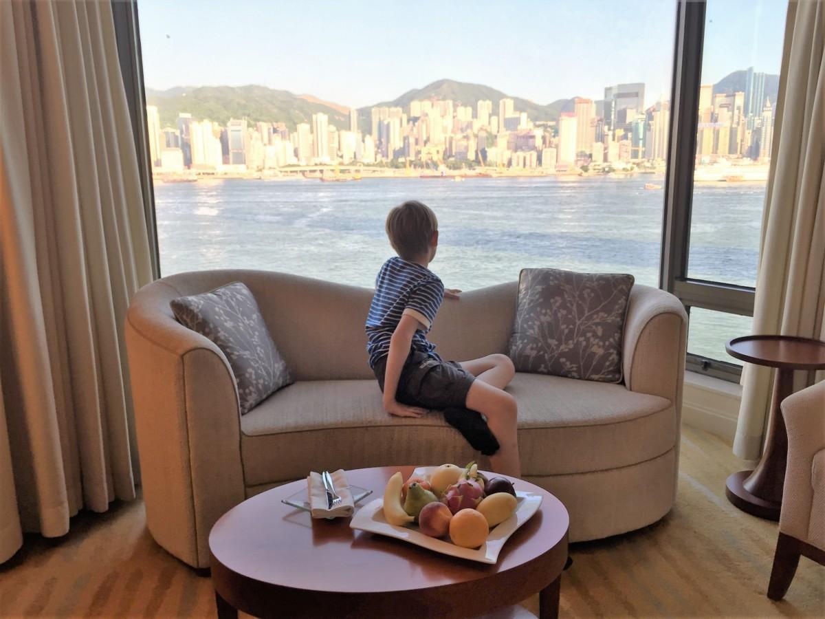 Shangri-La Kowloon, Hong Kong - copyright: www.globalmousetravels.com