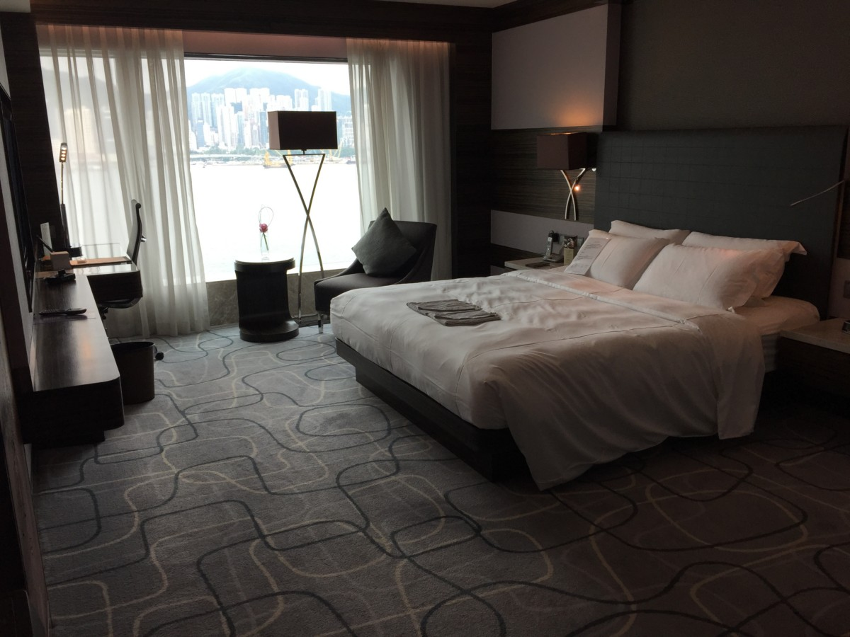 A luxury stay in Kowloon at the New World Millennium Hotel, Hong Kong - copyright: www.globalmousetravels.com