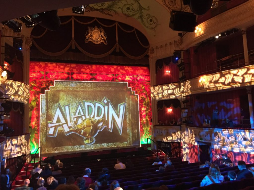 Panto's alive this Christmas (Oh yes it is!) - Aladdin at the Bath Theatre Royal - copyright: www.globalmousetravels.com