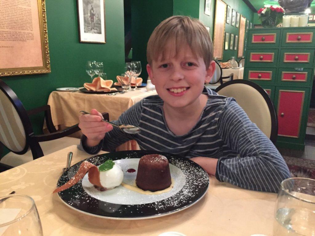 Mozart Restaurant, Funchal, Madeira - copyright: www.globalmousetravels.com