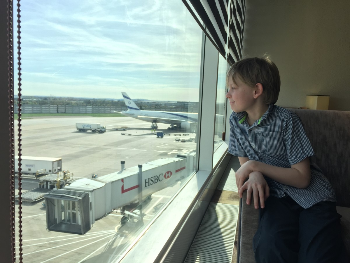 The ultimate guide to Heathrow Terminal 4 with kids - copyright: www.globalmousetravels.com