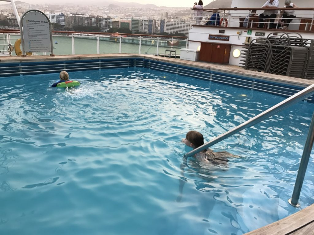 Your ultimate guide to Ventura P&Os cruise ship - copyright: www.globalmousetravels.com
