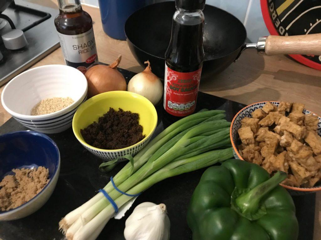 Recipe for the best, easy vegan black pepper tofu - copyright: www.globalmousetravels.com