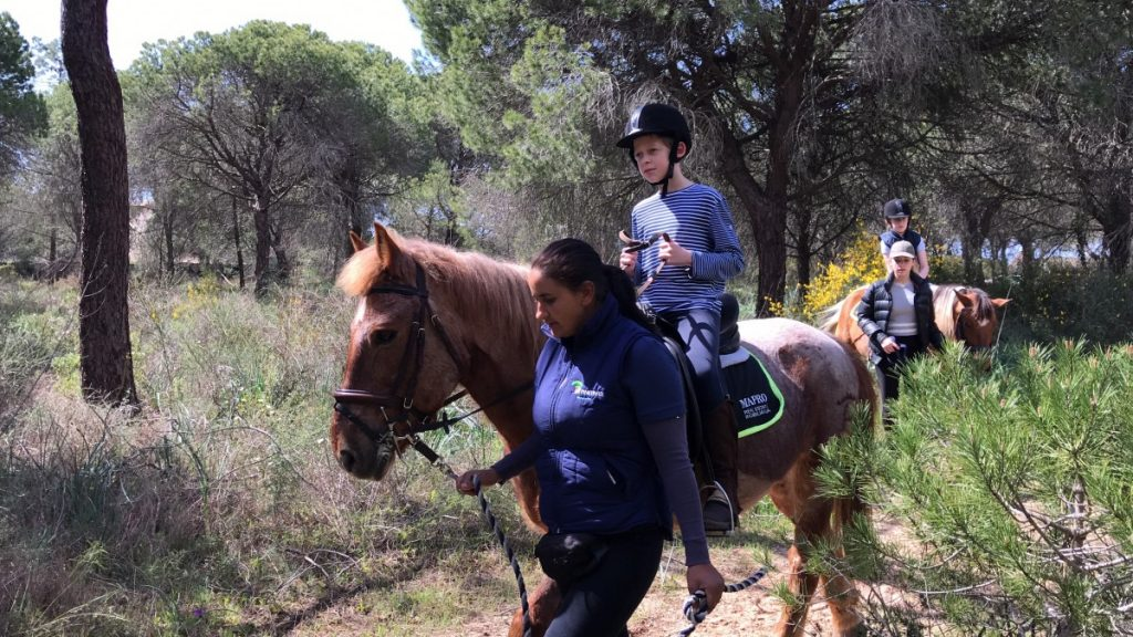 Horseriding - 10 top things to do in Algarve with kids - copyright: www.globalmousetravels.com