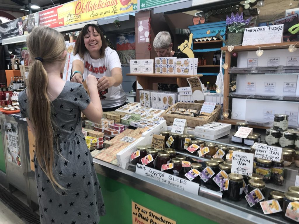 Loule market - 10 top things to do in Algarve with kids - copyright: www.globalmousetravels.com