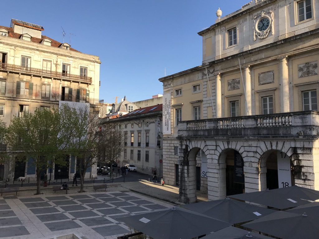 Pastel de nata - A spring weekend in Lisbon with kids, Portugal